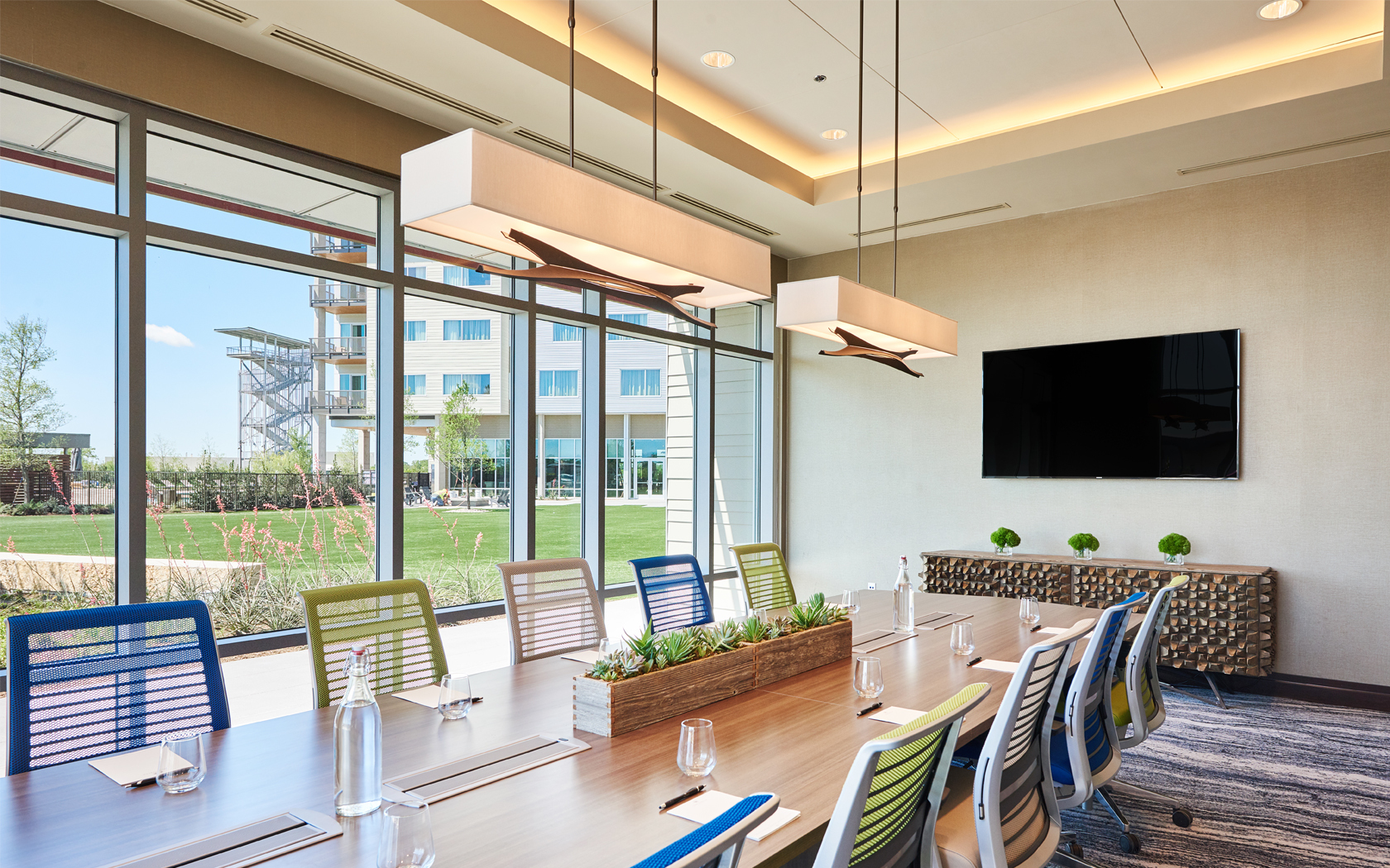 Orion Boardroom | 466 SF